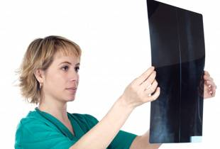 корешковый остеохондроз шейный симптомы лечение