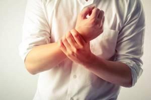 обострение шейного остеохондроза симптомы и лечение