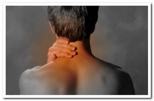 смещение шейных дисков симптомы лечение