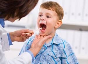 ребенок сорвал голос симптомы лечение