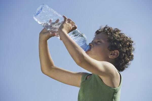 тепловой удар симптомы лечение у ребенка