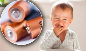 если ребенок проглотил батарейку таблетку симптомы и лечение