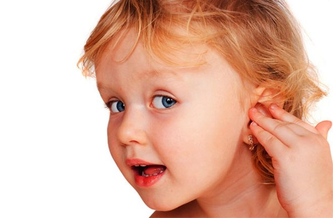 отит у ребенка 2 лет симптомы и лечение