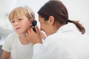 отит у ребенка 3 лет симптомы лечение