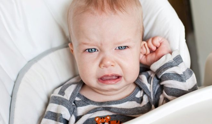 отит у ребенка 3 месяца симптомы и лечение