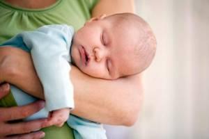 отит у ребенка до года симптомы и лечение