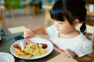 пупочная грыжа у ребенка 3 года симптомы и лечение