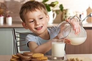 аллергия на белок коровьего молока у ребенка симптомы и лечение