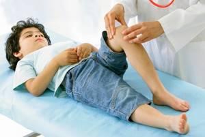 артрит коленного сустава симптомы и лечение у ребенка 10 лет