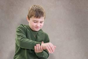 артрит симптомы лечение диагностика у детей