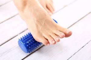 трещина пальца ноги симптомы и лечение