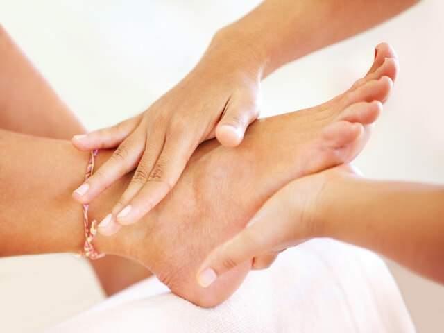 вывих ноги в районе щиколотки симптомы и лечение у ребенка